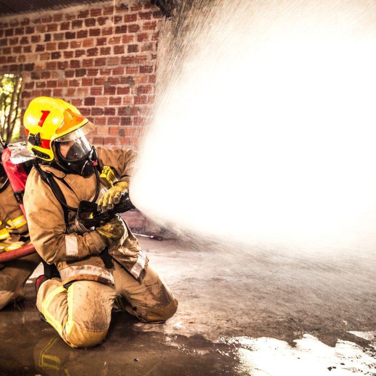 Kiedy można zacząć sprzątanie po pożarze