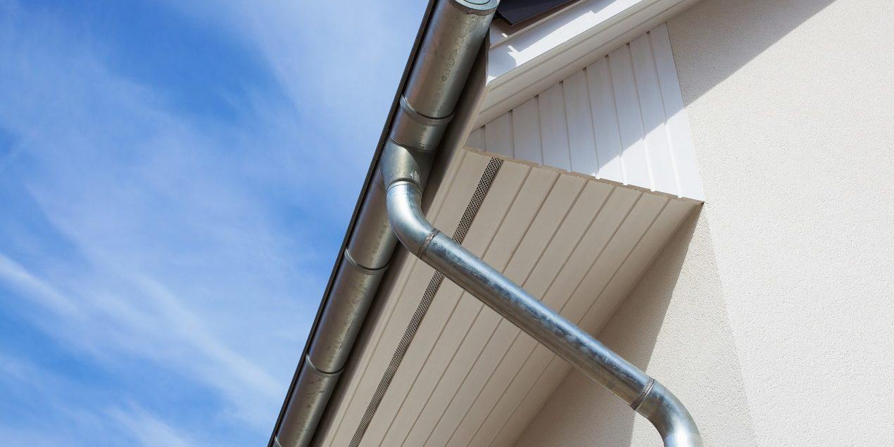 Solidne rynny dachowe